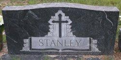 Ralph R Stanley