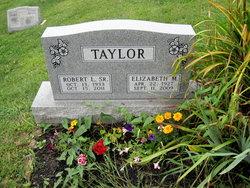 "Elizabeth M ""Betty"" <I>Warren</I> Taylor"