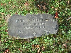 Emil M. Ziekowit