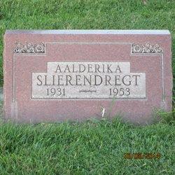 """Aalderika """"Rika"""" Slierendregt"""
