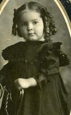 Mabel L Schwyhart