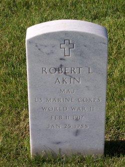 Robert L Akin