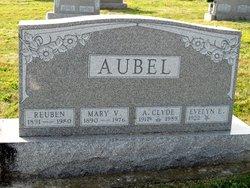 Evelyn Esther <I>Skelton</I> Aubel