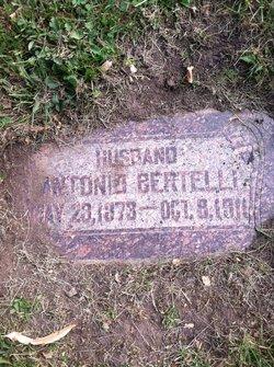 Antonio Bertelli