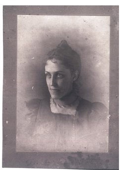 Nellie Clayton <I>Hopkins</I> Chisholm