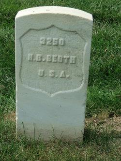 Hugo B Berth