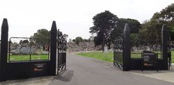 Coburg Pine Ridge Cemetery
