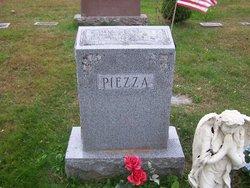 Sarah <I>Leighton</I> Piezza