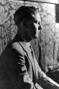 Robert L Welch