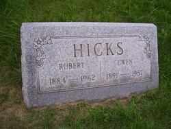 Robert Hicks