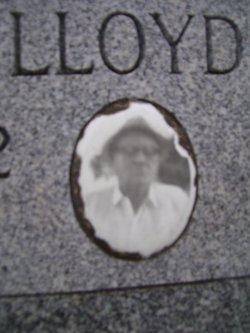 Dallas W Lloyd