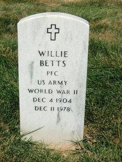 Willie L Betts, Jr