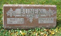 Stanley Bunek