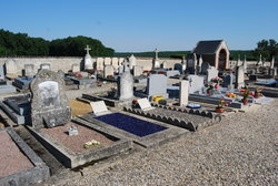 Les Ormes Communal Cemetery