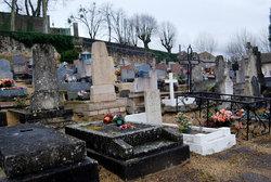 Montbard Communal Cemetery