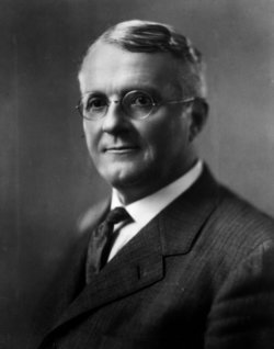 Harry Chandler