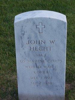 Maj John W Hecht