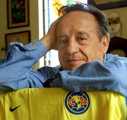 """Roberto """"Chespirito"""" Gómez Bolaños"""