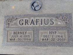 """Frances Hypatia """"Hyp"""" <I>Mitchell</I> Grafius"""