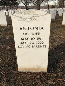 Antonia Aguirre