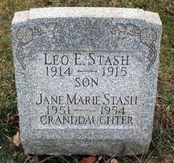 Leo E Stash