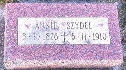 Annie Szydel