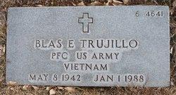 PFC Blas E Trujillo