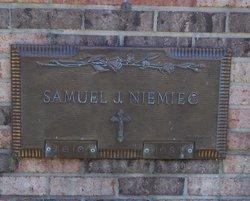 Samuel J. Niemiec