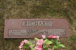 Doris C Richard