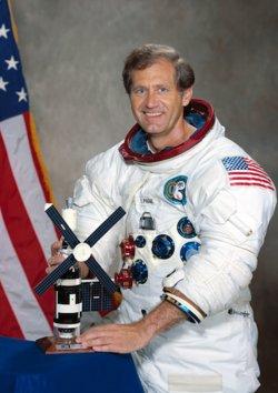 Col William Reid Pogue