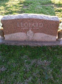 Oscar William Leopard