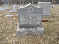 Mary A Beyer