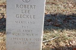 Robert L Geckle