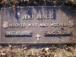 Jeri <I>Arnoldt</I> Besco