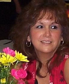 Yvonne L.Hღ