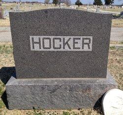 Dorris R Hocker