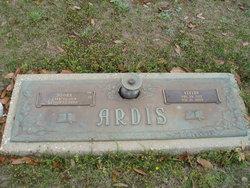 Vivian Ruth <I>Smith</I> Ardis