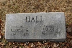 Sarah E Hall