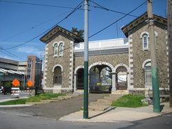 East Cedar Hill Cemetery