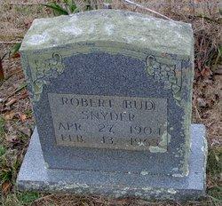 Robert Snyder