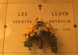 """Patricia """"Pat"""" <I>Lee</I> Lloyd"""