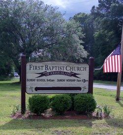 First Baptist Churchyard