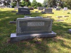 Jimi Estelle <I>Allen</I> Giddens-Dorminy