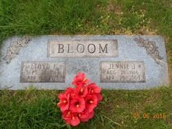 """Genevieve J. """"Jennie"""" <I>Lyszczek</I> Bloom"""