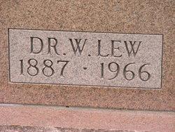 Dr William Lew Ayres