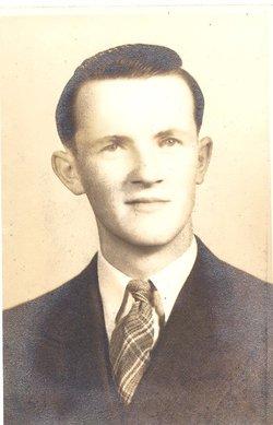 Nelson W Yancey