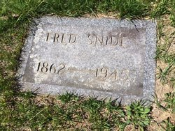 Fred Snide