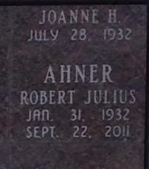 Robert Julius Ahner