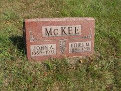 Ethel Mae <I>Ramsey</I> McKee