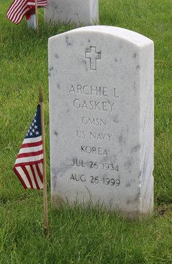Archie L Gaskey